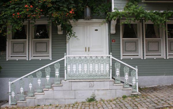 Holzhaus in der Soğukçeşme Sokağı